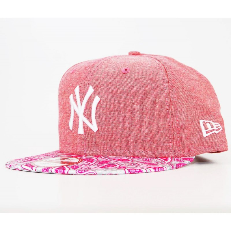 new era snapback new york yankees rosa paisley bandana. Black Bedroom Furniture Sets. Home Design Ideas